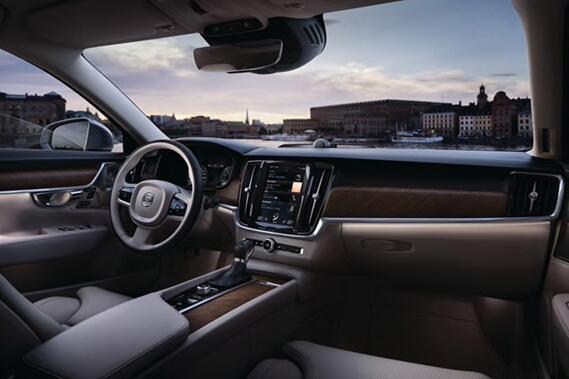 沃尔沃全新S90长轴距豪华轿车中国上市 售价36.98万元起图片
